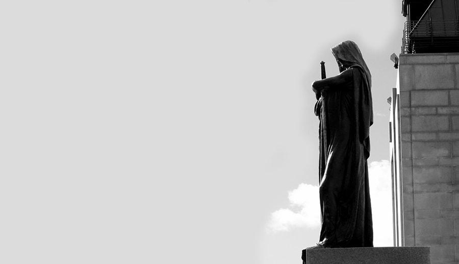 lawyer justitia ontario canada statue justice ottawa statues justitia supreme court of canada